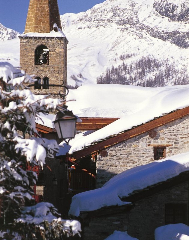 the farmhouse luxury ski chalet in val d isere vip ski
