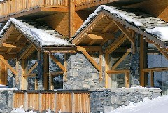 Exterior shot of Bellevarde Lodge Savoie