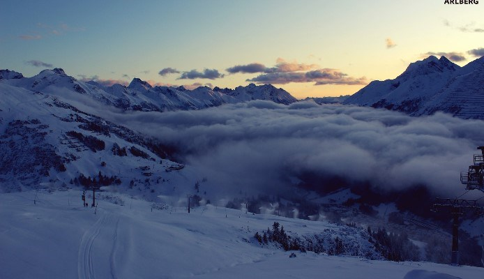 sunset photo of a piste in st anton