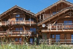 Exterior shot of Chalet Le Chateau Summer
